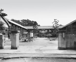 創立当時からの正門(昭和28 年頃撮影)
